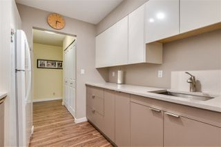 """Photo 6: 1815 10620 150 Street in Surrey: Guildford Townhouse for sale in """"Lincoln's Gate"""" (North Surrey)  : MLS®# R2436897"""