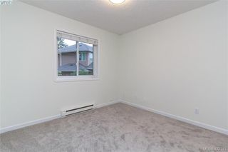 Photo 30: 1186 Foxridge Crt in VICTORIA: SE Sunnymead Single Family Detached for sale (Saanich East)  : MLS®# 835564