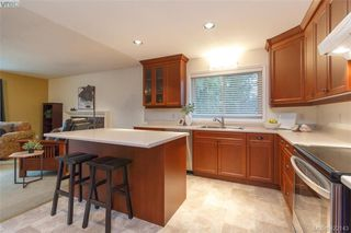 Photo 15: 1186 Foxridge Crt in VICTORIA: SE Sunnymead House for sale (Saanich East)  : MLS®# 835564