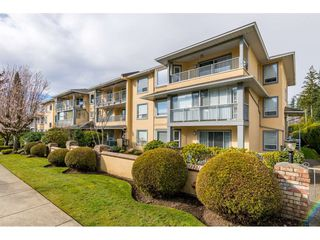 "Main Photo: 109 1459 BLACKWOOD Street: White Rock Condo for sale in ""The Chartwell"" (South Surrey White Rock)  : MLS®# R2445492"