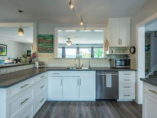 Photo 5: 6622 Mystery Beach Rd in FANNY BAY: CV Union Bay/Fanny Bay House for sale (Comox Valley)  : MLS®# 839182