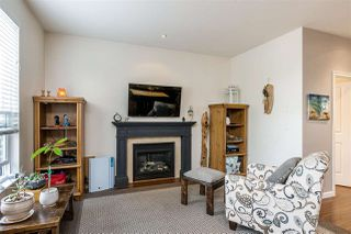 Photo 7: 6916 208 Street in Langley: Willoughby Heights Condo for sale : MLS®# R2479766