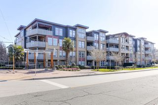 Photo 3: 313 1166 54A Street in Delta: Tsawwassen Central Condo for sale (Tsawwassen)  : MLS®# R2498920