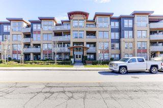 Photo 1: 313 1166 54A Street in Delta: Tsawwassen Central Condo for sale (Tsawwassen)  : MLS®# R2498920