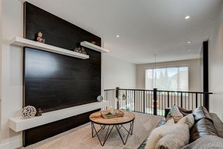 Photo 17: 420 Discovery Place SW in Calgary: Discovery Ridge Detached for sale : MLS®# A1033800