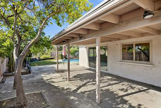 Photo 12: TIERRASANTA House for sale : 4 bedrooms : 5821 Antigua Blvd in San Diego