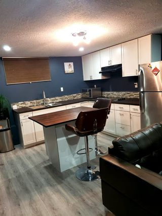 Photo 3: 11412 129 Avenue in Edmonton: Zone 01 House for sale : MLS®# E4222630