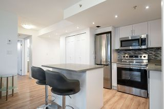 "Main Photo: 2404 1188 HOWE Street in Vancouver: Downtown VW Condo for sale in ""1188 Howe"" (Vancouver West)  : MLS®# R2530352"