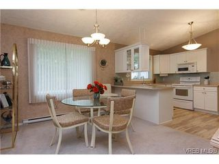 Photo 6: 97 7570 Tetayut Rd in SAANICHTON: CS Hawthorne Manufactured Home for sale (Central Saanich)  : MLS®# 636903