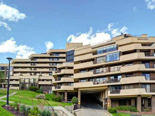 Photo 2: 503 300 MEREDITH Road NE in CALGARY: Crescent Heights Condo for sale (Calgary)  : MLS®# C3568596