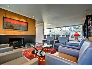 Photo 6: 4620 BRITANNIA Drive SW in CALGARY: Britannia Residential Detached Single Family for sale (Calgary)  : MLS®# C3570527