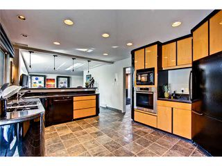 Photo 9: 4620 BRITANNIA Drive SW in CALGARY: Britannia Residential Detached Single Family for sale (Calgary)  : MLS®# C3570527