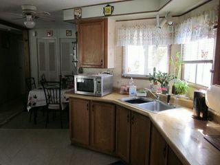 "Photo 3: 77 7850 KING GEORGE Boulevard in Surrey: East Newton Manufactured Home for sale in ""Bear Creek Glen"" : MLS®# F1317866"