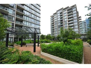 "Photo 18: # 1009 7360 ELMBRIDGE WY in Richmond: Brighouse Condo for sale in ""FLO"" : MLS®# V1020475"