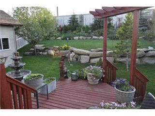 Photo 2: 159 FAIRWAYS Drive NW: Airdrie Residential Detached Single Family for sale : MLS®# C3580873