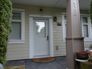 Photo 2: # 102 4438 ALBERT ST in Burnaby: Vancouver Heights Condo for sale (Burnaby North)  : MLS®# V1068524