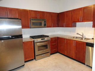 Photo 4: # 102 4438 ALBERT ST in Burnaby: Vancouver Heights Condo for sale (Burnaby North)  : MLS®# V1068524