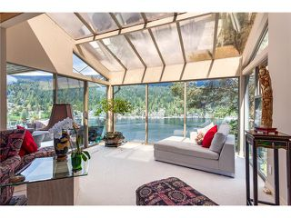Photo 2: 4660 Eastridge Dr in North Vancouver: Deep Cove House for sale : MLS®# V1060683