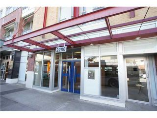 Photo 2: # 422 2288 W BROADWAY BB in Vancouver: Kitsilano Condo for sale (Vancouver West)  : MLS®# V1138027