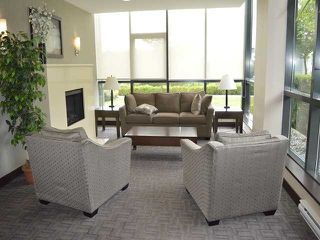 Photo 2: # 303 288 UNGLESS WY in Port Moody: North Shore Pt Moody Condo for sale : MLS®# V1119921