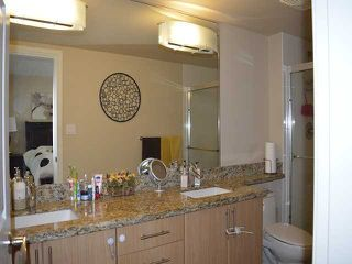 Photo 12: # 303 288 UNGLESS WY in Port Moody: North Shore Pt Moody Condo for sale : MLS®# V1119921