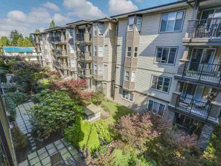 Photo 14: 306 5474 198 STREET in Langley: Langley City Condo for sale : MLS®# R2095929