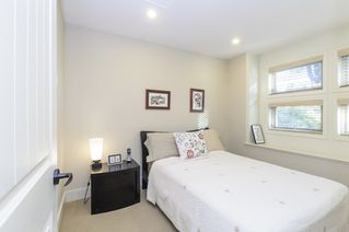 Photo 12: 563 E 31ST AVENUE in Vancouver: Fraser VE House for sale (Vancouver East)  : MLS®# R2113816