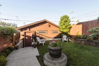Photo 10: 563 E 31ST AVENUE in Vancouver: Fraser VE House for sale (Vancouver East)  : MLS®# R2113816
