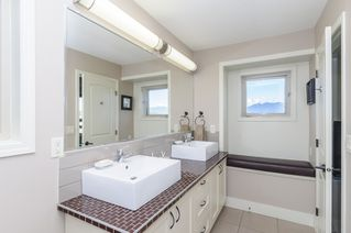Photo 18: 563 E 31ST AVENUE in Vancouver: Fraser VE House for sale (Vancouver East)  : MLS®# R2113816