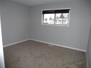 Photo 10: 8810 159A ST NW in Edmonton: Zone 22 House for sale : MLS®# E4044366