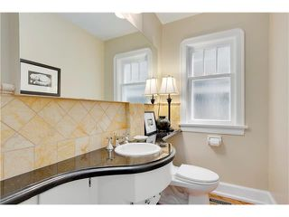 Photo 19: 1409 PREMIER WY SW in Calgary: Upper Mount Royal House for sale : MLS®# C4092441