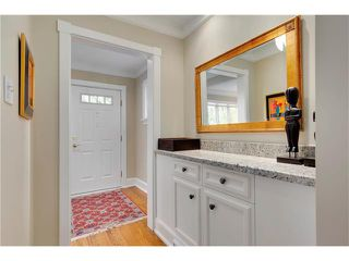Photo 5: 1409 PREMIER WY SW in Calgary: Upper Mount Royal House for sale : MLS®# C4092441