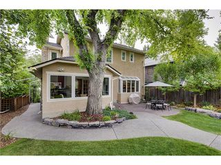 Photo 33: 1409 PREMIER WY SW in Calgary: Upper Mount Royal House for sale : MLS®# C4092441