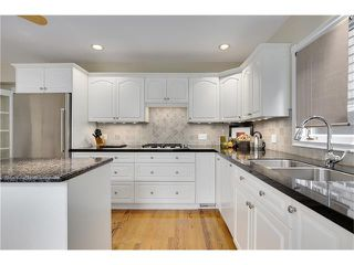 Photo 15: 1409 PREMIER WY SW in Calgary: Upper Mount Royal House for sale : MLS®# C4092441