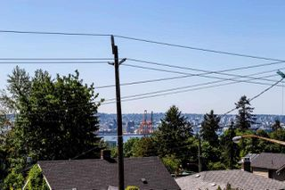 Photo 20: 726 E 4TH STREET in North Vancouver: Queensbury House for sale : MLS®# R2340355