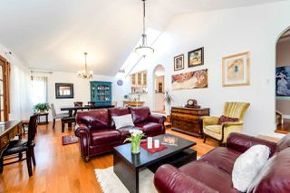 Photo 8: 726 E 4TH STREET in North Vancouver: Queensbury House for sale : MLS®# R2340355