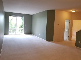 Photo 12: 109 1465 PARKWAY BOULEVARD in Coquitlam: Westwood Plateau Townhouse for sale : MLS®# R2385560