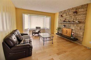 Photo 2: 2516 116 Street in Edmonton: Zone 16 House for sale : MLS®# E4168770