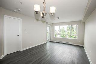 Photo 8: 203 7511 120 Street in Delta: Scottsdale Condo for sale (N. Delta)  : MLS®# R2401930
