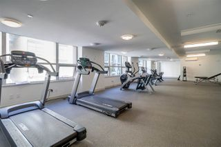 """Photo 20: 3001 5665 BOUNDARY Road in Vancouver: Collingwood VE Condo for sale in """"Wall Center Central park"""" (Vancouver East)  : MLS®# R2404046"""