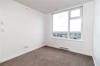 """Photo 13: 3001 5665 BOUNDARY Road in Vancouver: Collingwood VE Condo for sale in """"Wall Center Central park"""" (Vancouver East)  : MLS®# R2404046"""