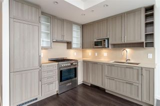 """Photo 9: 3001 5665 BOUNDARY Road in Vancouver: Collingwood VE Condo for sale in """"Wall Center Central park"""" (Vancouver East)  : MLS®# R2404046"""