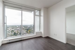 """Photo 5: 3001 5665 BOUNDARY Road in Vancouver: Collingwood VE Condo for sale in """"Wall Center Central park"""" (Vancouver East)  : MLS®# R2404046"""