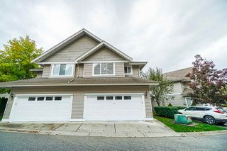 "Photo 2: 26 8568 209 Street in Langley: Walnut Grove Townhouse for sale in ""Creekside Estates"" : MLS®# R2409105"