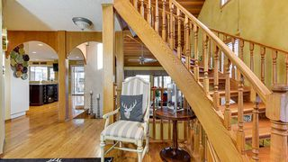 Photo 2: 7604 157 Avenue in Edmonton: Zone 28 House for sale : MLS®# E4182557