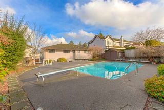 Photo 19: 6055 LEIBLY Avenue in Burnaby: Upper Deer Lake House for sale (Burnaby South)  : MLS®# R2432310