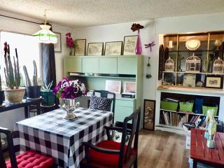 """Photo 15: 60 1413 SUNSHINE COAST Highway in Gibsons: Gibsons & Area Manufactured Home for sale in """"Poplar Estates"""" (Sunshine Coast)  : MLS®# R2449368"""
