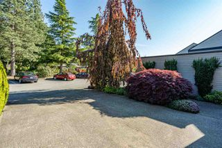 """Photo 3: 3641 NICO WYND Drive in Surrey: Elgin Chantrell Townhouse for sale in """"NICO WYND ESTATES"""" (South Surrey White Rock)  : MLS®# R2455204"""
