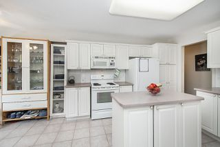 """Photo 13: 211 1150 LYNN VALLEY Road in North Vancouver: Lynn Valley Condo for sale in """"The Laurels"""" : MLS®# R2468253"""