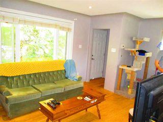 Photo 3: 9215 91 Street in Edmonton: Zone 18 House for sale : MLS®# E4203540